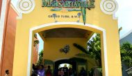 grand-turk-entrance thumbnail photo